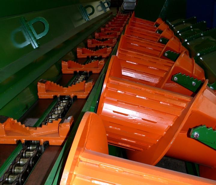 Screw orange2